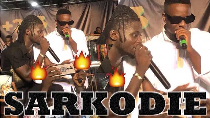 Sarkodie and Kuami Eugene Performs Happy Day For The First Time (Live Band)