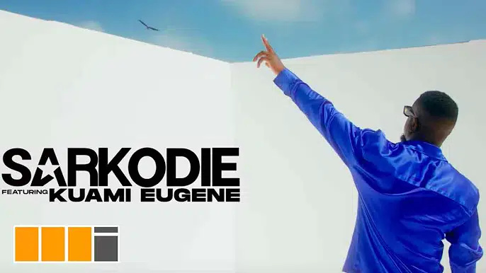 Official Video Sarkodie - Happy Day ft. Kuami Eugene (Official Video)
